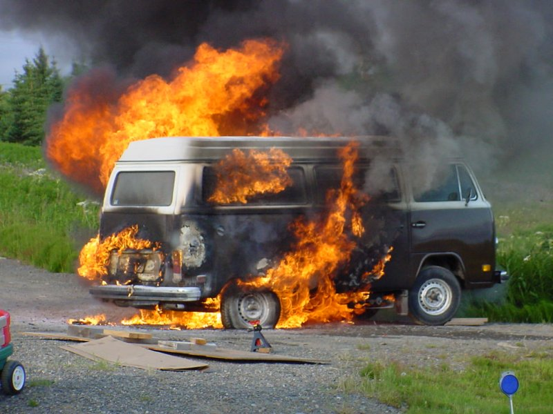 richard atwell s vw bus pages fire bus burned bus